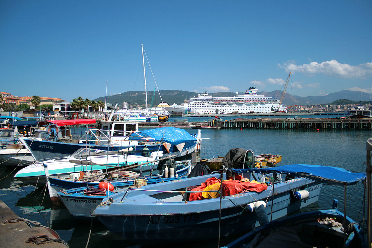 port de pêche ajaccio
