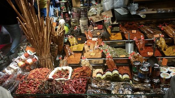 Barcelone mercado de la Boquerilla epices