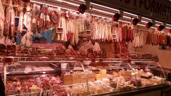 Barcelone mercado de la Boquerilla jamon